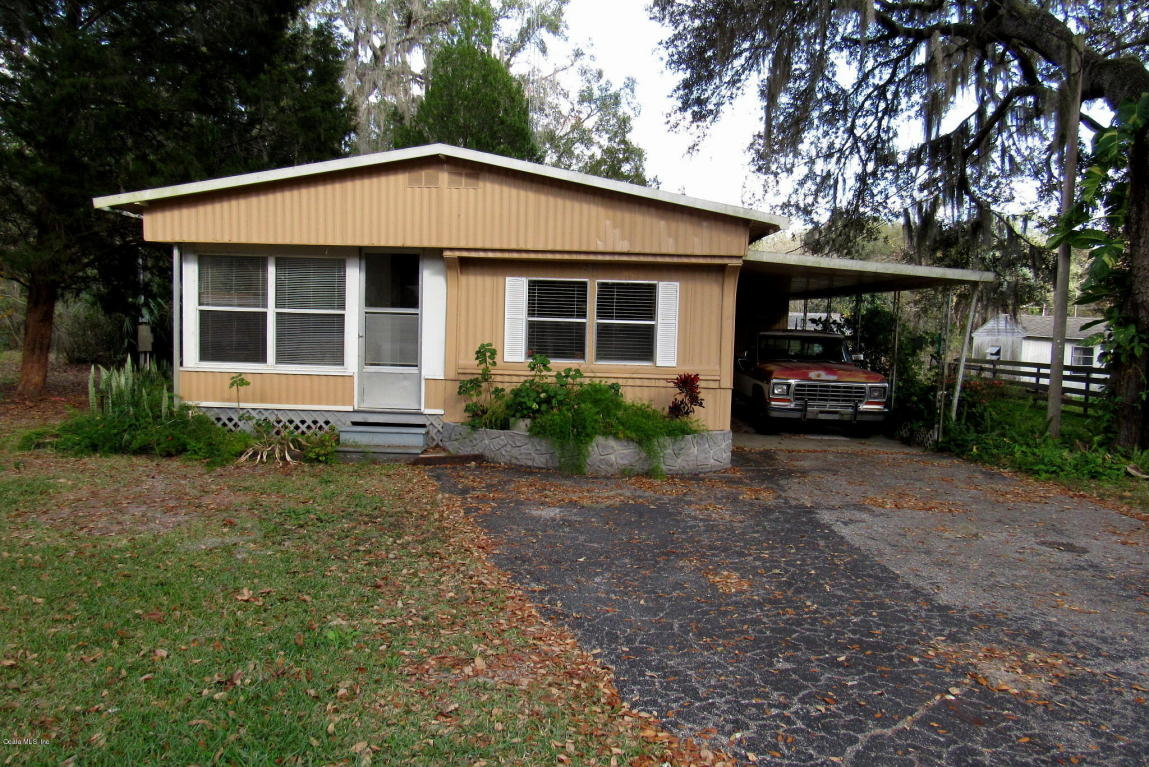 Photo of 2035 SE 170 AVE Road  Silver Springs  FL