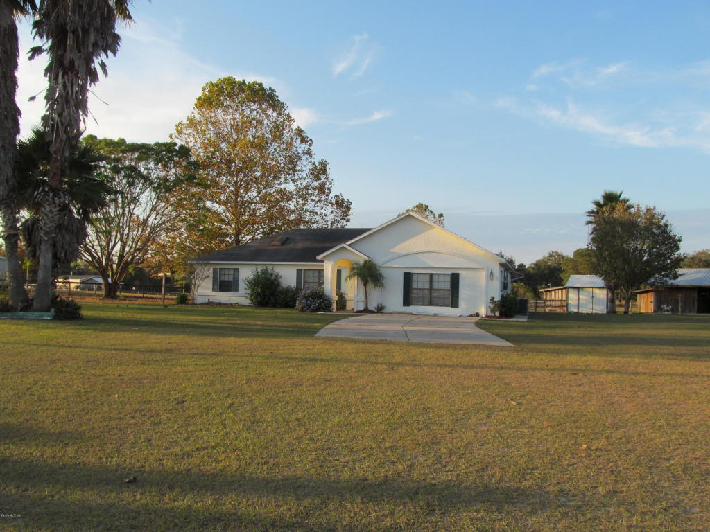 Photo of 3045 W Hwy 329  Reddick  FL