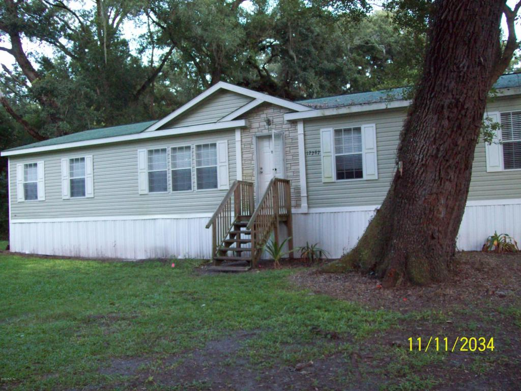 Photo of 12267 SW 43rd Terrace  Webster  FL