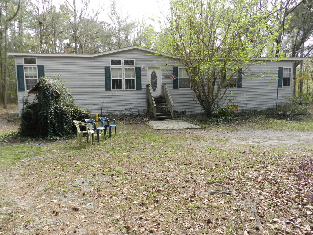 Photo of 9640 NW 172 Place  Reddick  FL