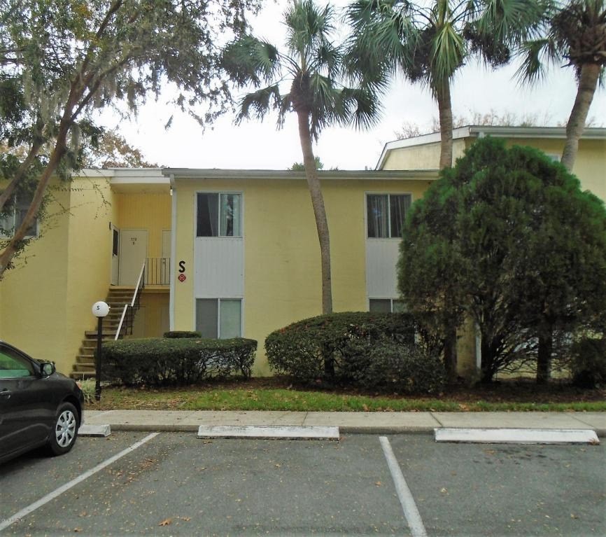 Photo of 576 Bahia Circle  Ocala  FL
