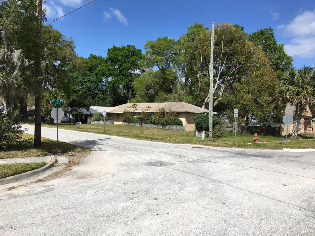 Photo of 111 NE 1 Street  Williston  FL