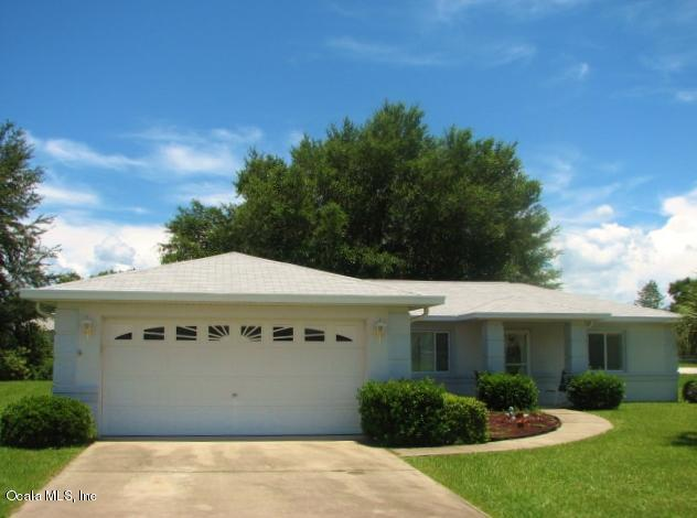 Photo of 10038 SW 62nd Circle  Ocala  FL