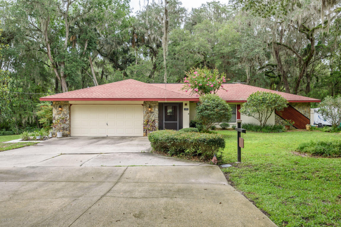Photo of 20701 5th Street  McIntosh  FL