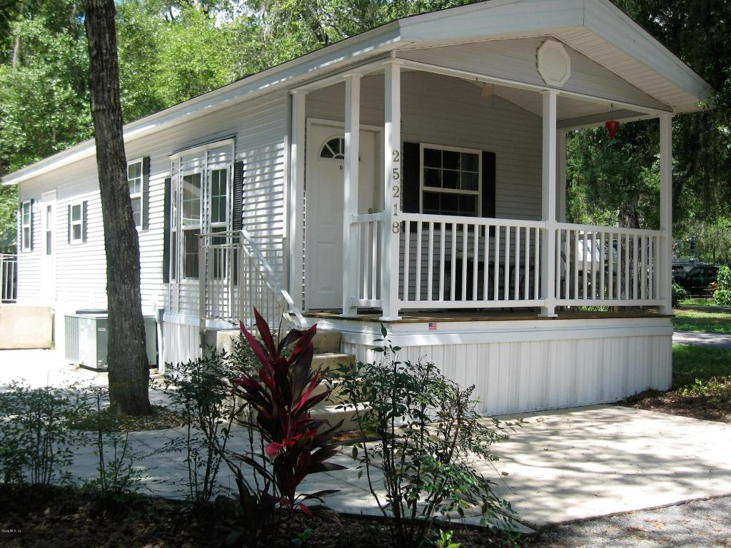 Photo of 25218 NE 143rd Place  Fort McCoy  FL