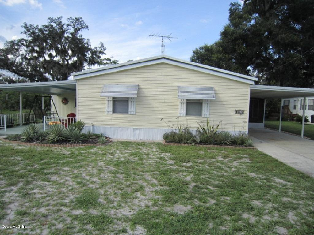 Photo of 1302 County Road 461  Lake Panasoffkee  FL
