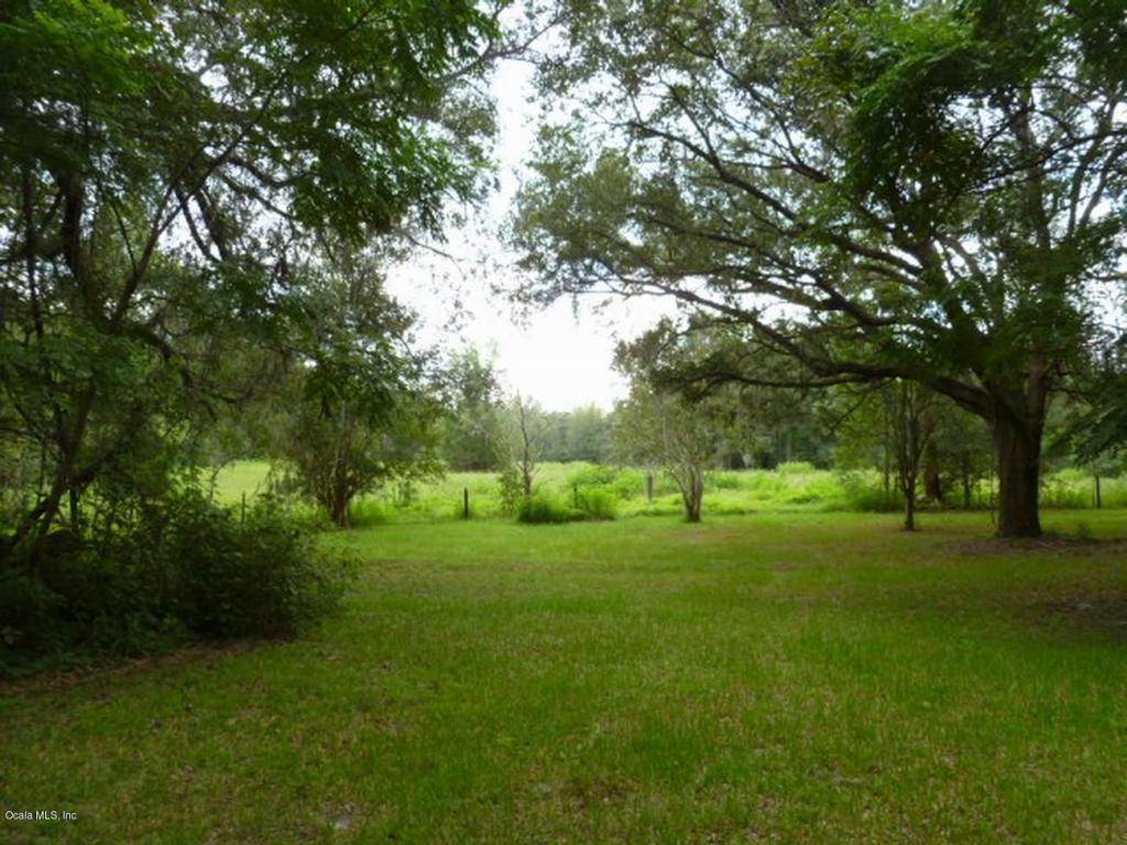 Photo of 13524 NW 160 Avenue  Morriston  FL