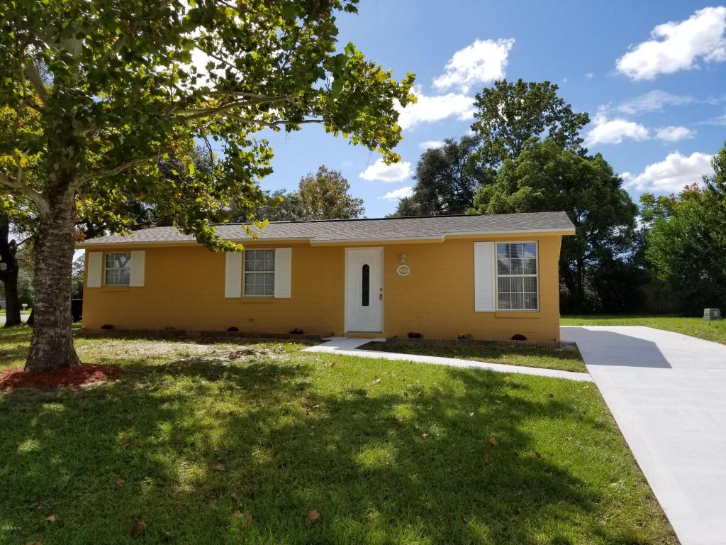 Photo of 4008 SW 143rd Lane Road  Ocala  FL