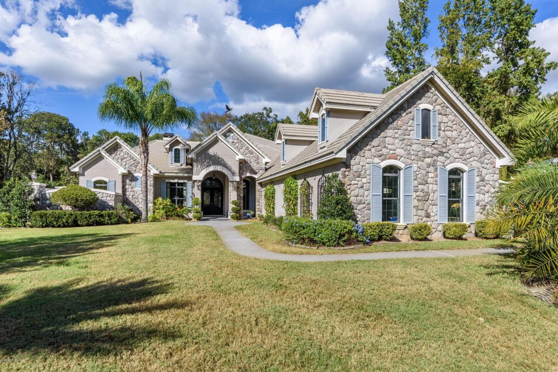 6967 SE 12th Circle, one of homes for sale in Ocala