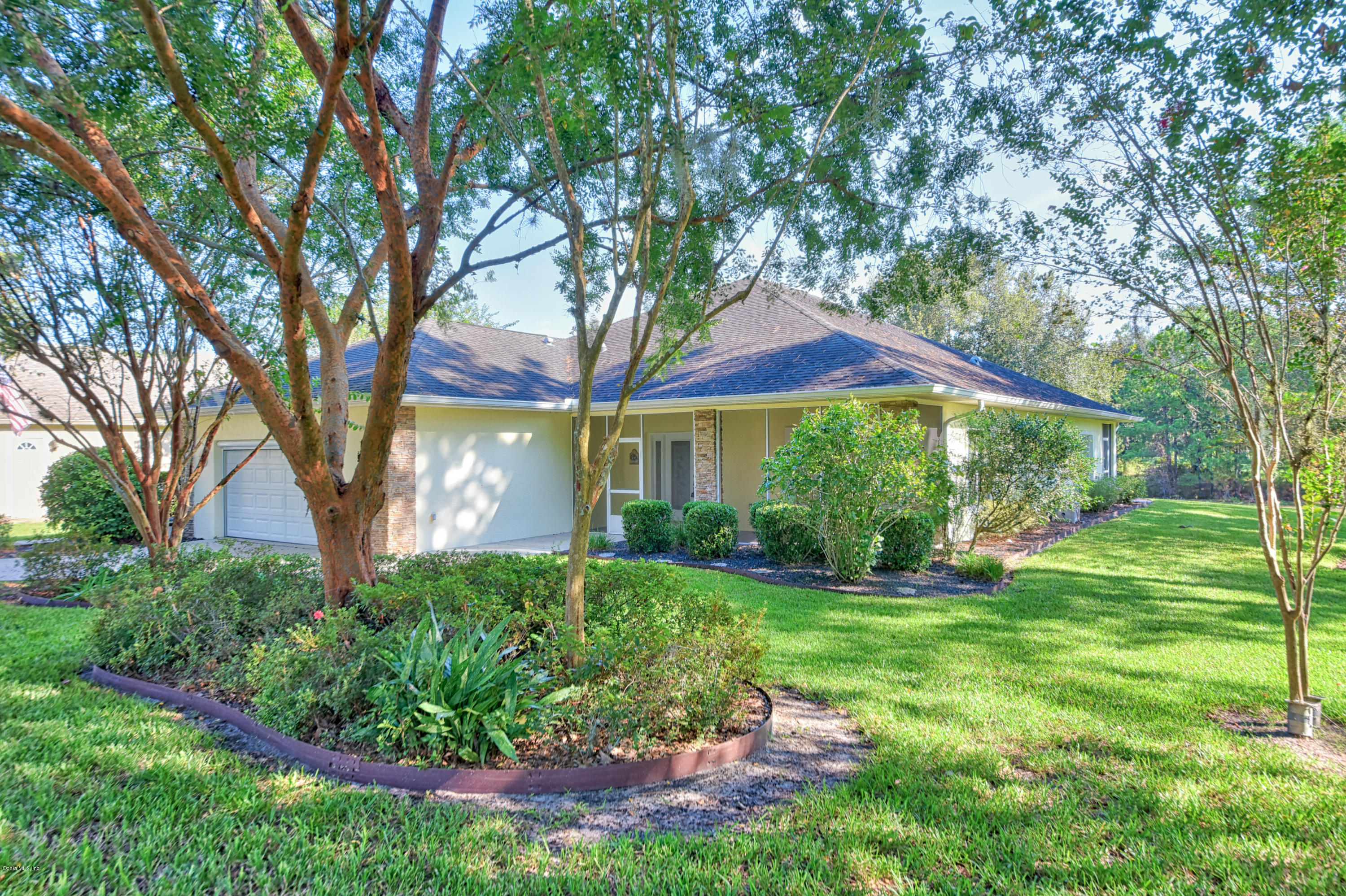 One of Ocala 3 Bedroom Homes for Sale at 227 Lake Drive