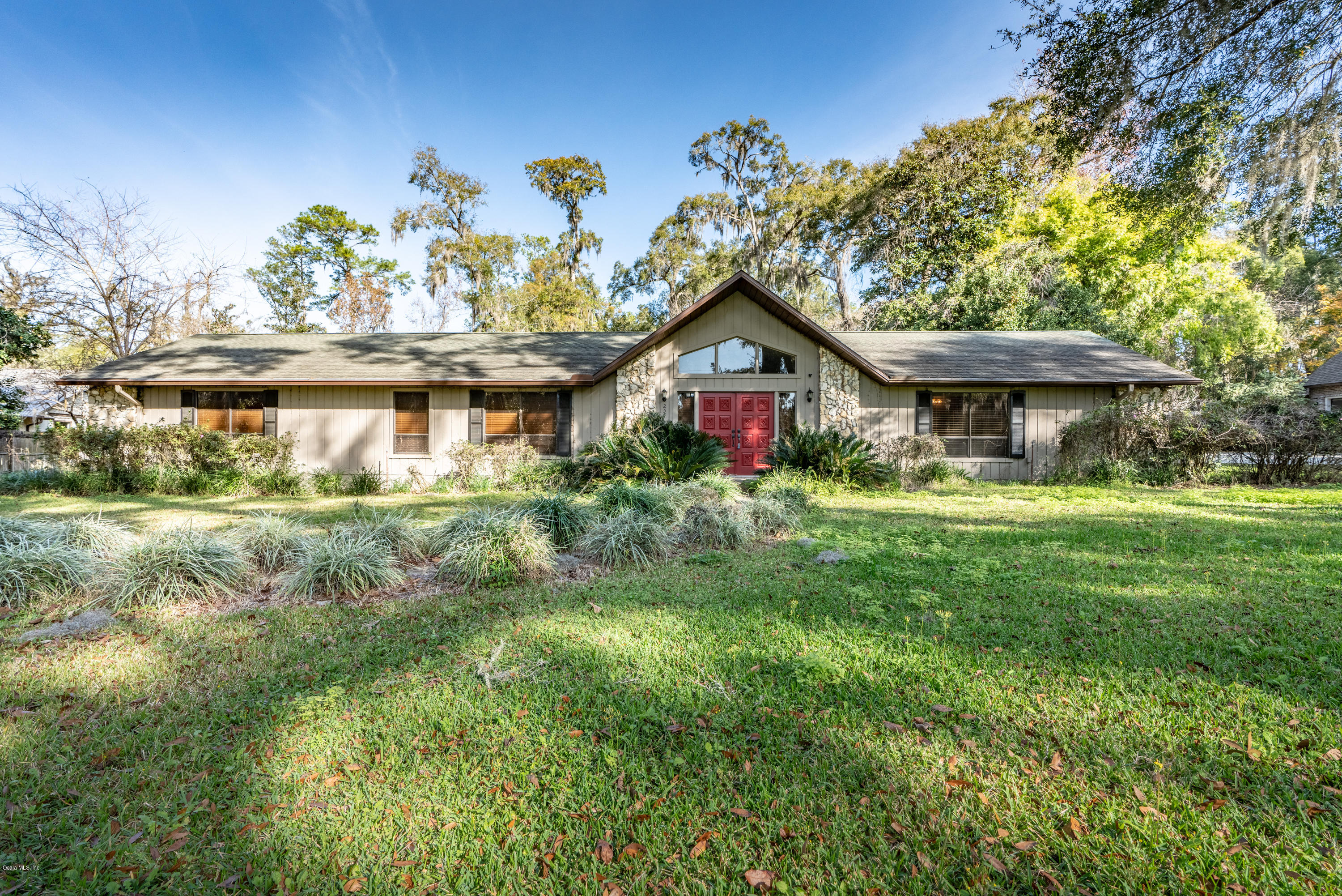 One of Ocala 5 Bedroom Homes for Sale at 2551 SE 40 Street