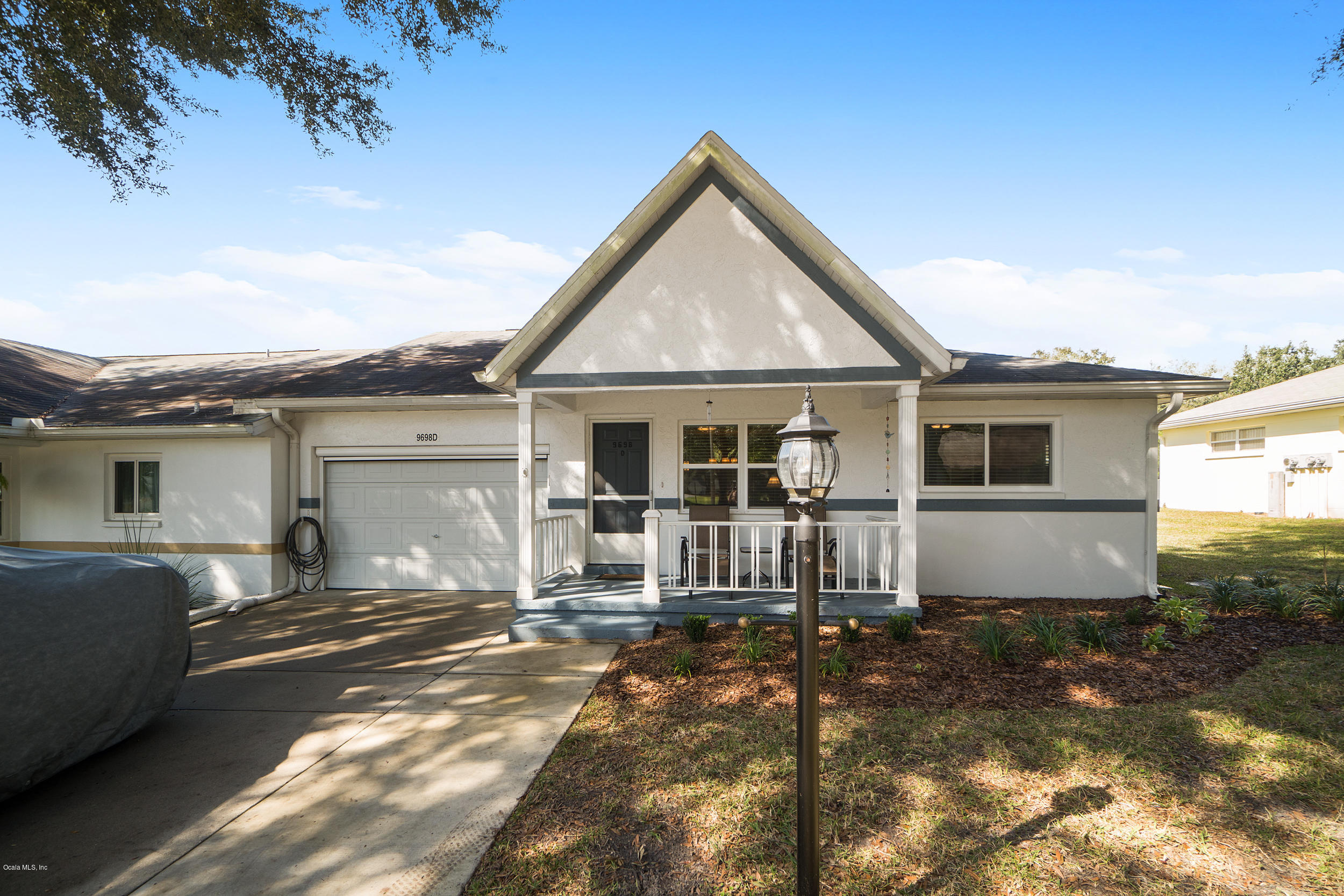 One of Ocala 2 Bedroom Homes for Sale at 9698 SW 94th Avenue