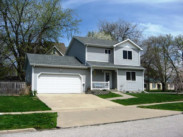 101 4th Ave W, Oskaloosa, IA 52577