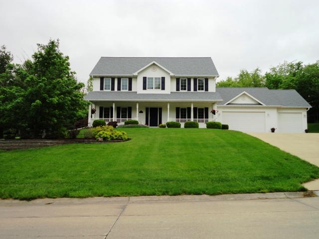 706 Fox Run Dr, Oskaloosa, IA 52577
