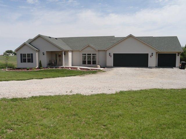 Real Estate for Sale, ListingId: 28464206, Oskaloosa, IA  52577