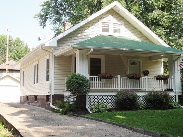 412 N 9th St, Oskaloosa, IA 52577