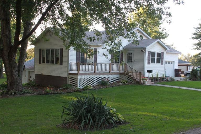 Real Estate for Sale, ListingId: 30246572, Eddyville,IA52553