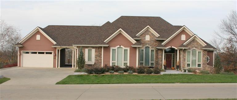 Real Estate for Sale, ListingId: 31975506, Oskaloosa,IA52577
