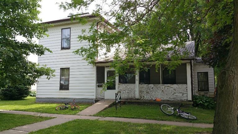602 4th Ave E, Oskaloosa, IA 52577