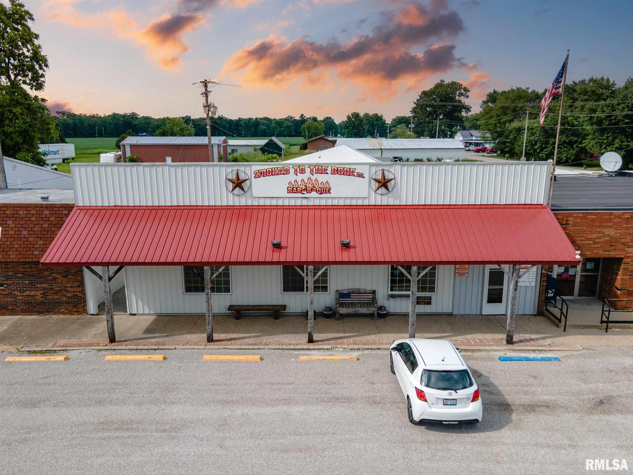 primary photo for 309 N FRONT Street, Iuka, IL 62849, US