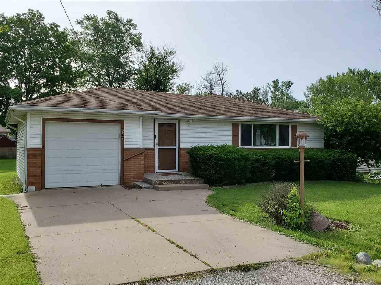 208 Jo Avenue Germantown Hills, IL 61548