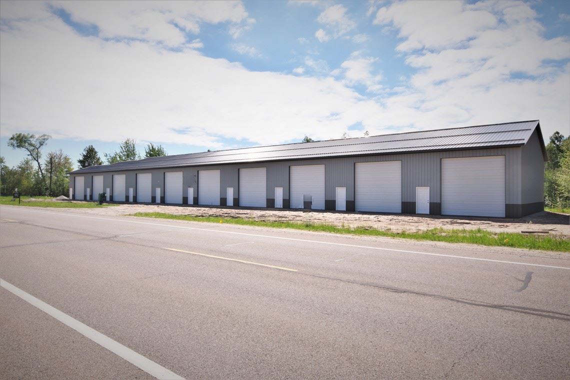 primary photo for 4509 N Harrison Rd Unit 2, Houghton Lake, MI 48629, US