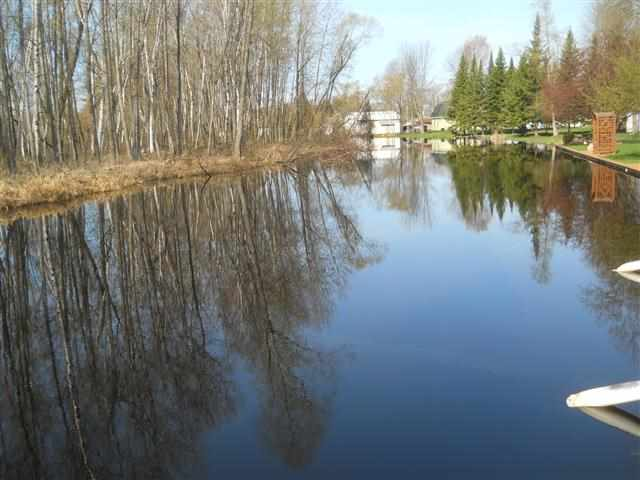 2448 Long Point Dr, Houghton Lake, MI 48629