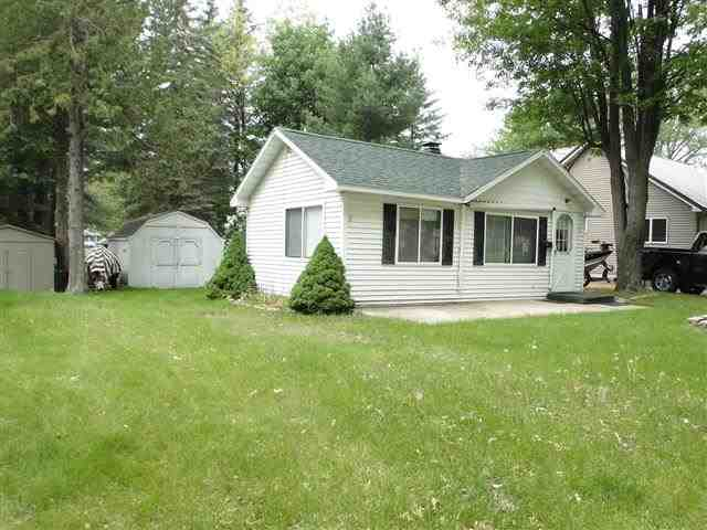47 S Bishop St, Lake City, MI 49651