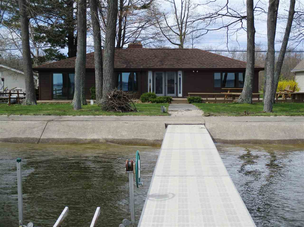 houghton lake heights big and beautiful singles Single family homes  orchard lake #150 west  us novi shelby utica southfield sterling heights warren meet the team troy testimonials local schools local.