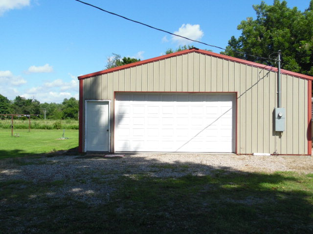 Photo of 605 N Alley  Scammon  KS