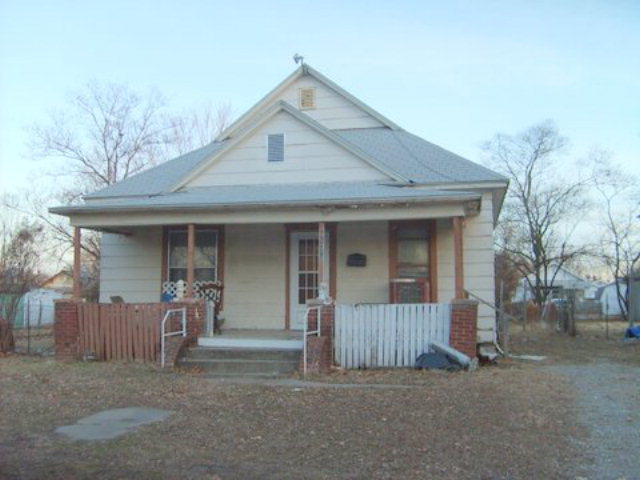 Photo of 119 E 21st  Pittsburg  KS