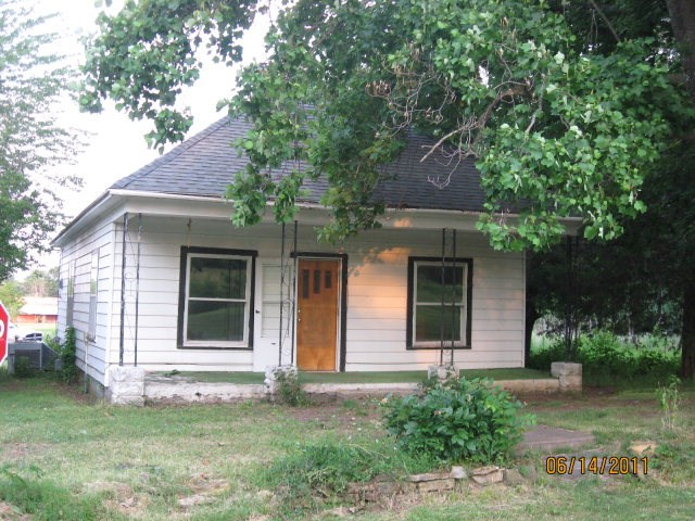 Photo of 302 S Lincoln  Mulberry  KS