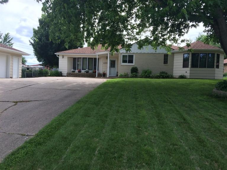 4203 Old Lakeport Rd, Sioux City, IA 51106