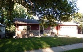 2920 S Cypress St, Sioux City, IA 51106