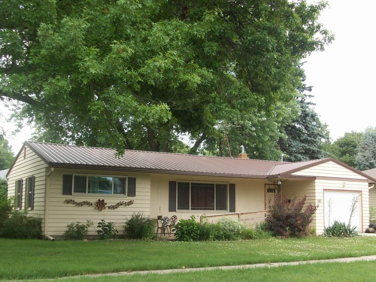 Photo of 205 8th Avenue  Grinnell  IA