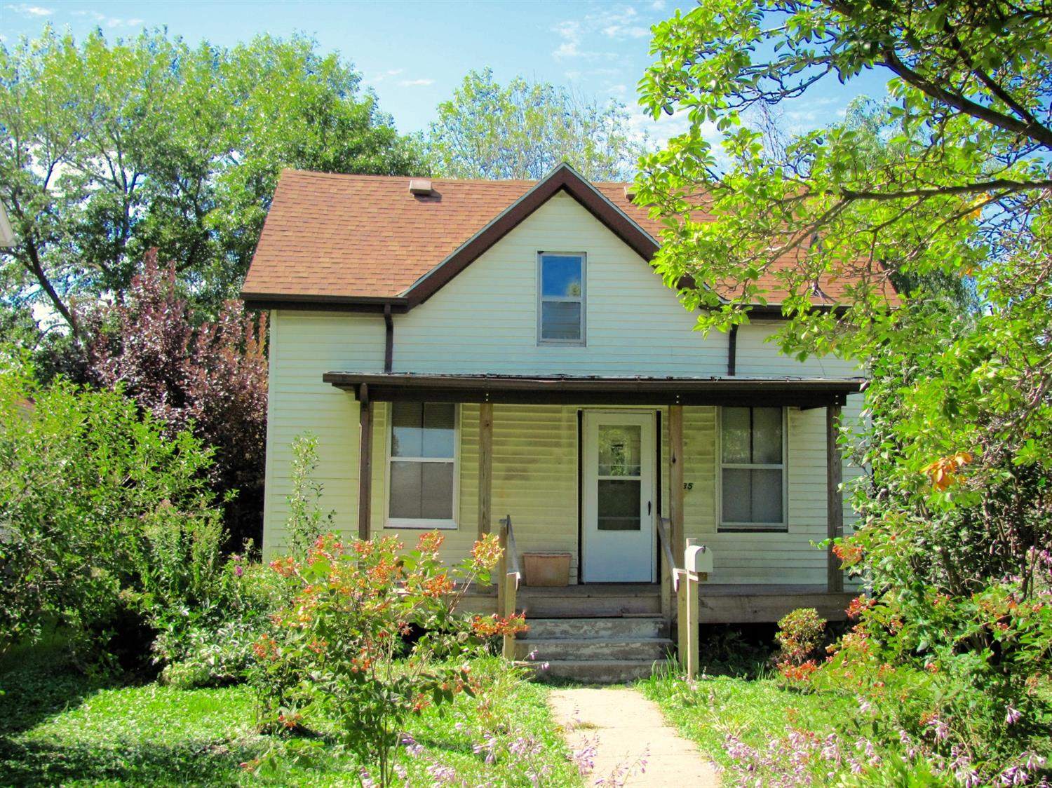 Photo of 535 Broad Street  Grinnell  IA