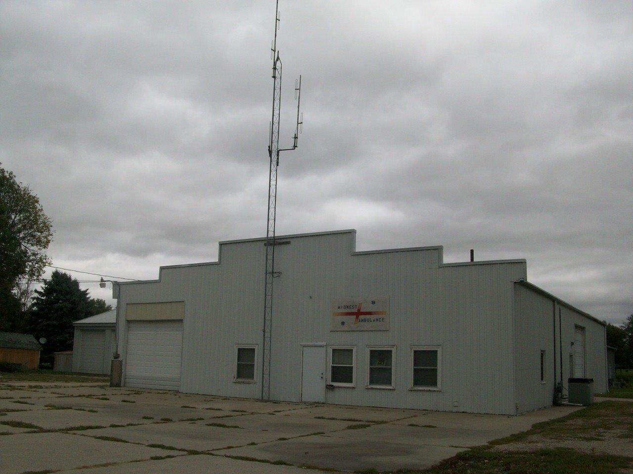 308 Park St, Grinnell, IA 50112
