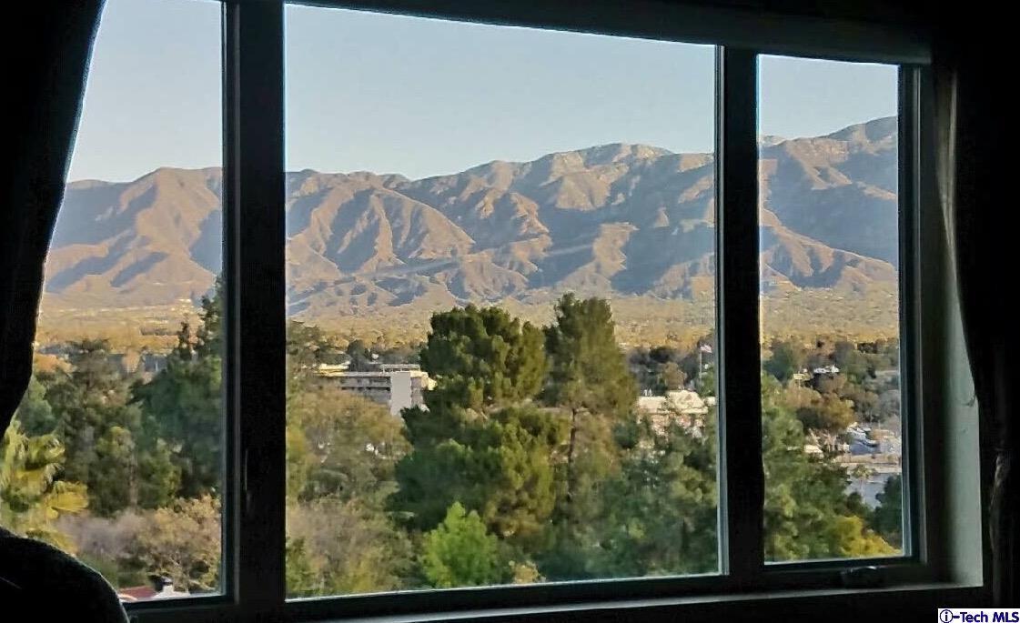 Photo of 1008 Linda Glen Drive  Pasadena  CA