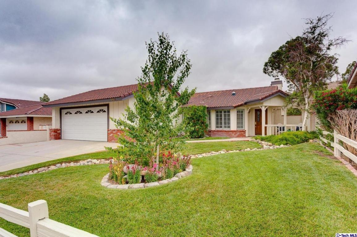 Photo of 29245 Poppy Meadow Street  Canyon Country  CA