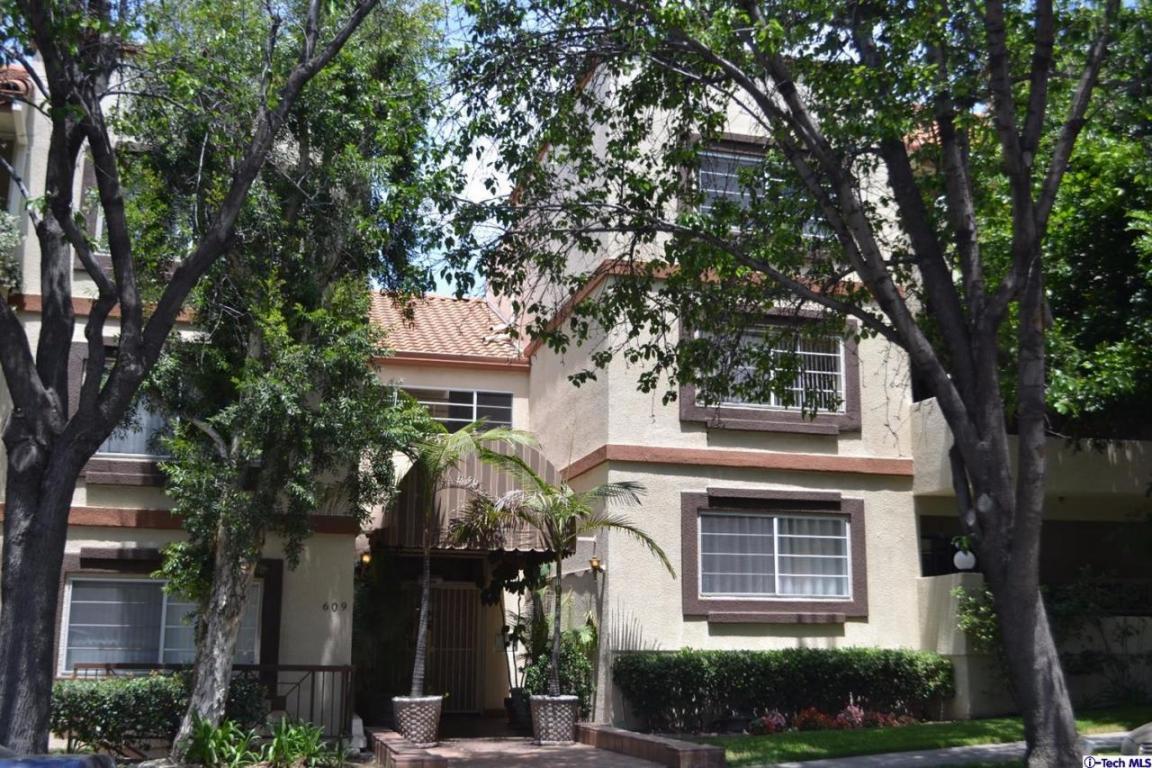 Photo of 609 E Palm Avenue  Burbank  CA