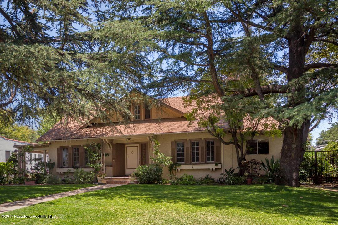 Photo of 1020 N Holliston Avenue  Pasadena  CA