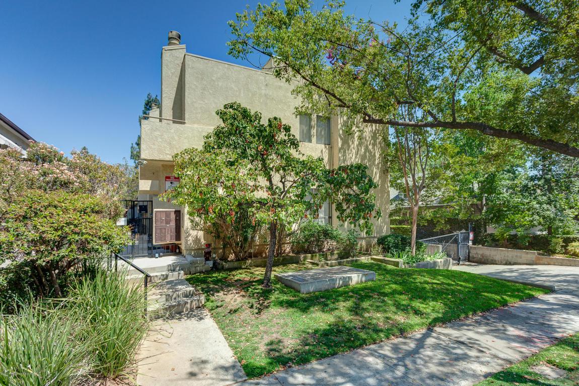 Photo of 222 S Catalina Avenue  Pasadena  CA