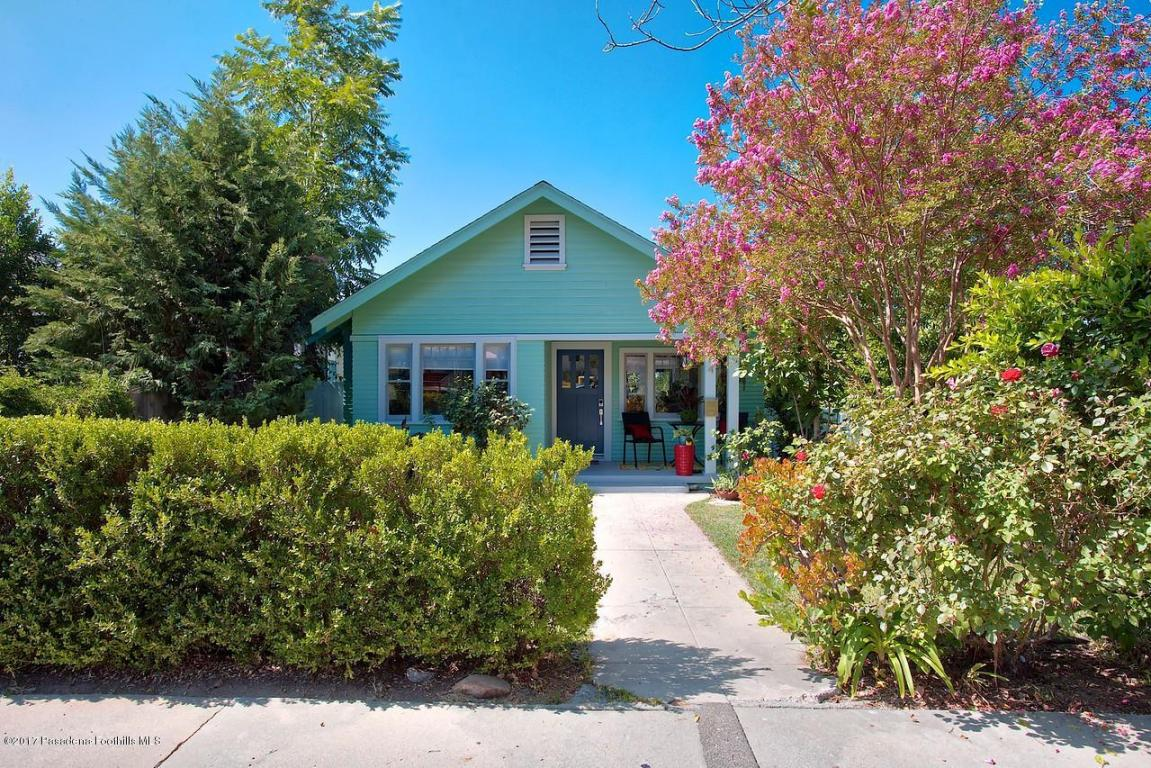 Photo of 154 W Mendocino Street  Altadena  CA
