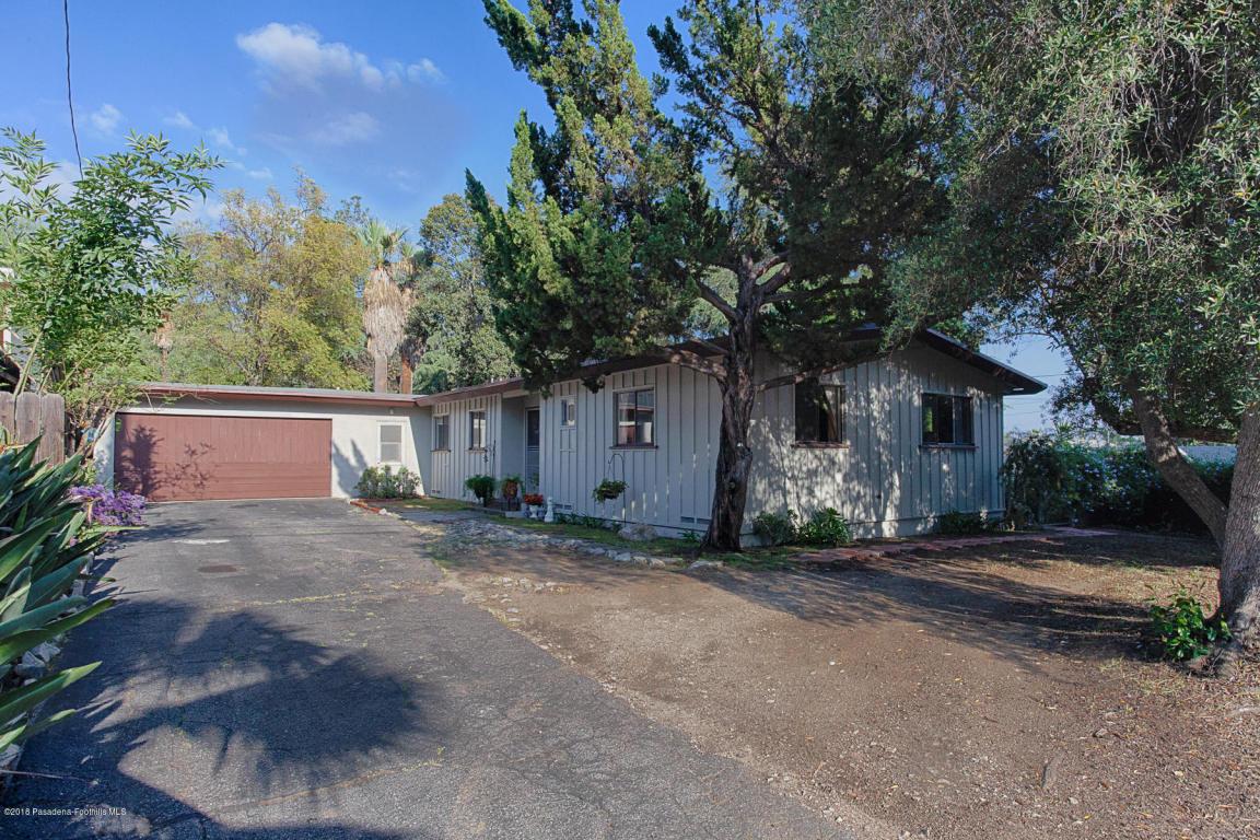 4744 Rosemont Avenue, La Crescenta, California