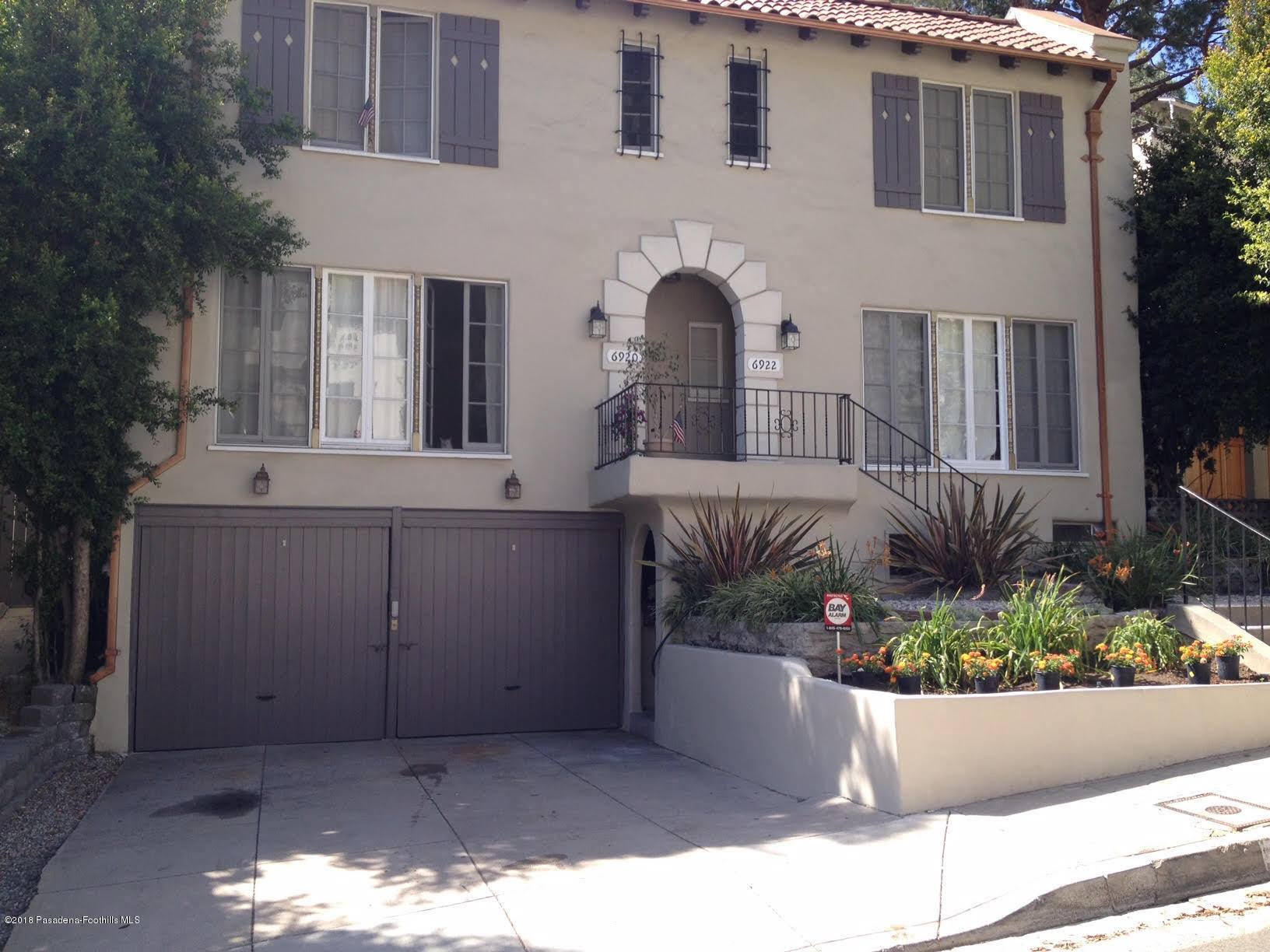 6920 Camrose Drive, Hollywood Hills, California