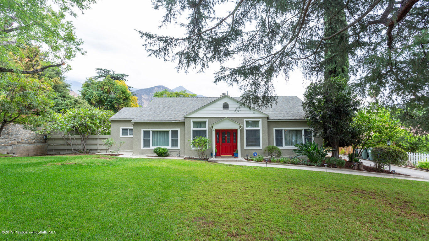 2556 Tanoble Drive, one of homes for sale in Altadena