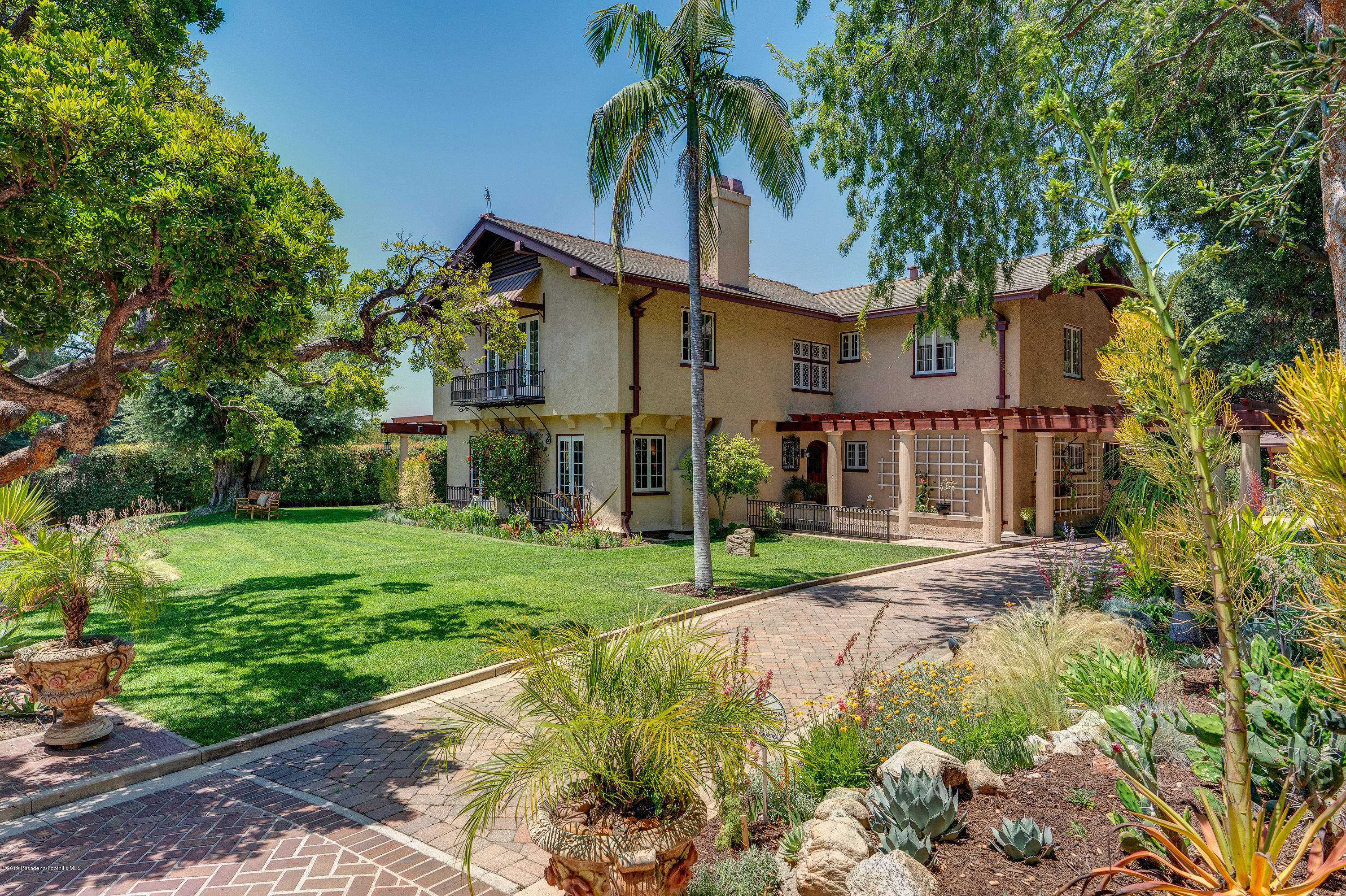 2709 Visscher Place, Altadena, California