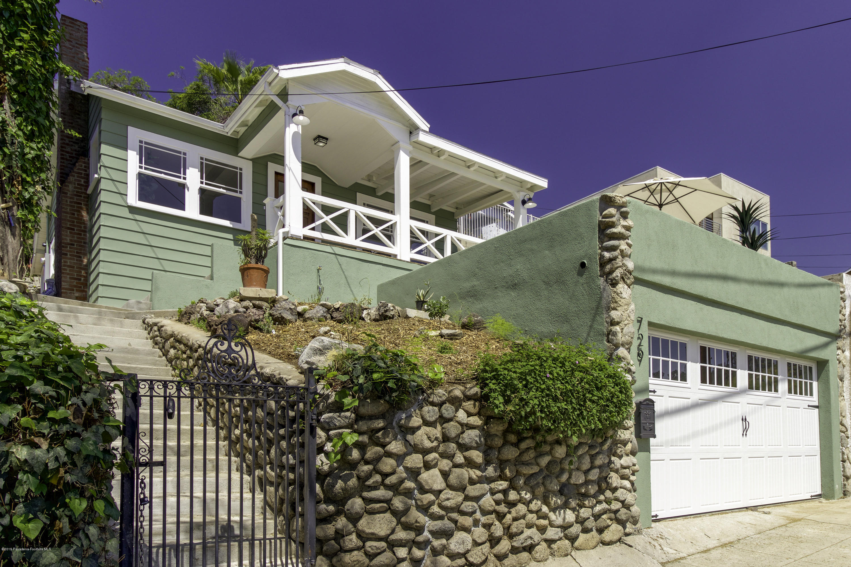 729 N Avenue 63 Los Angeles, CA 90042