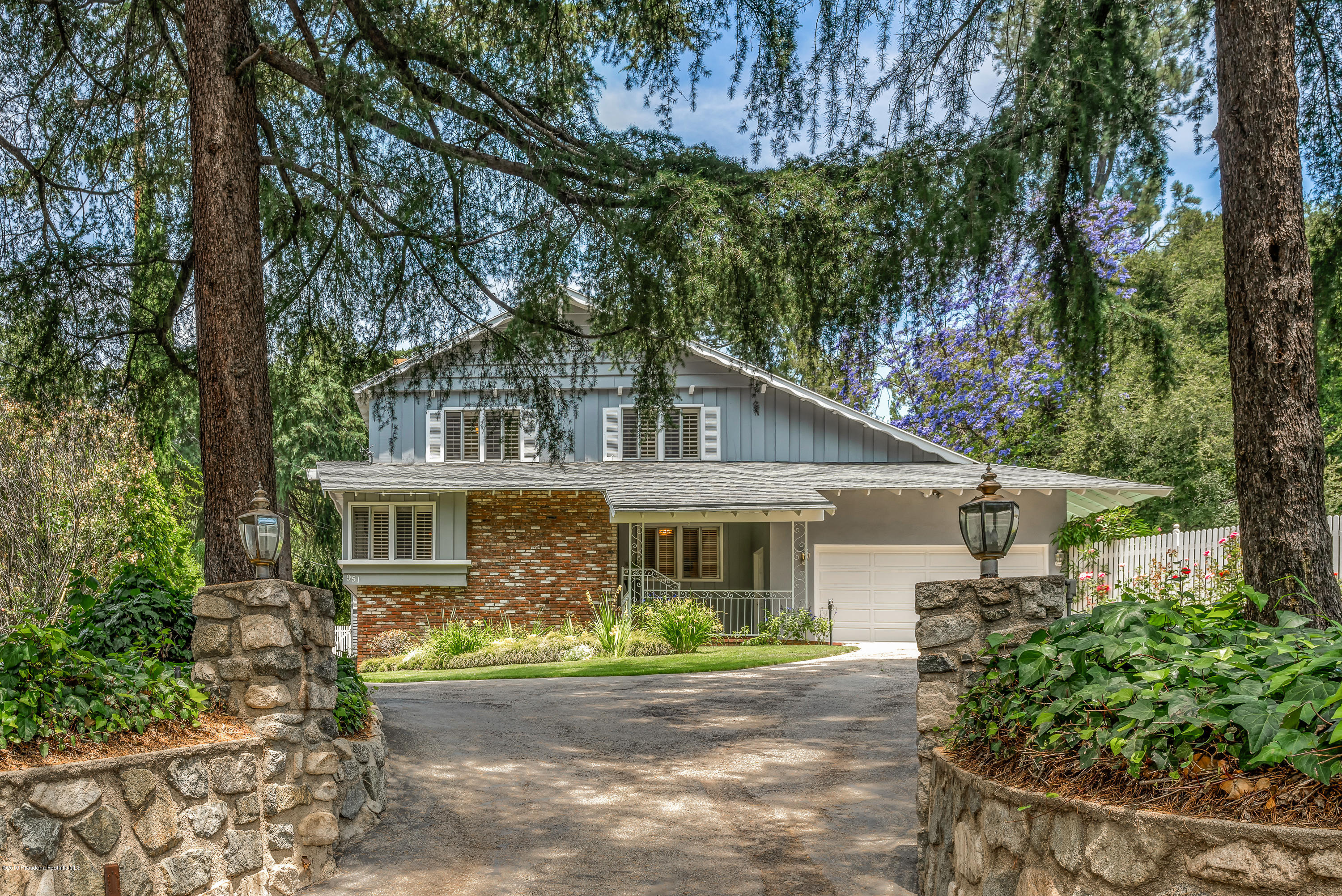 951 Vista Del Valle Road, La Canada Flintridge, California