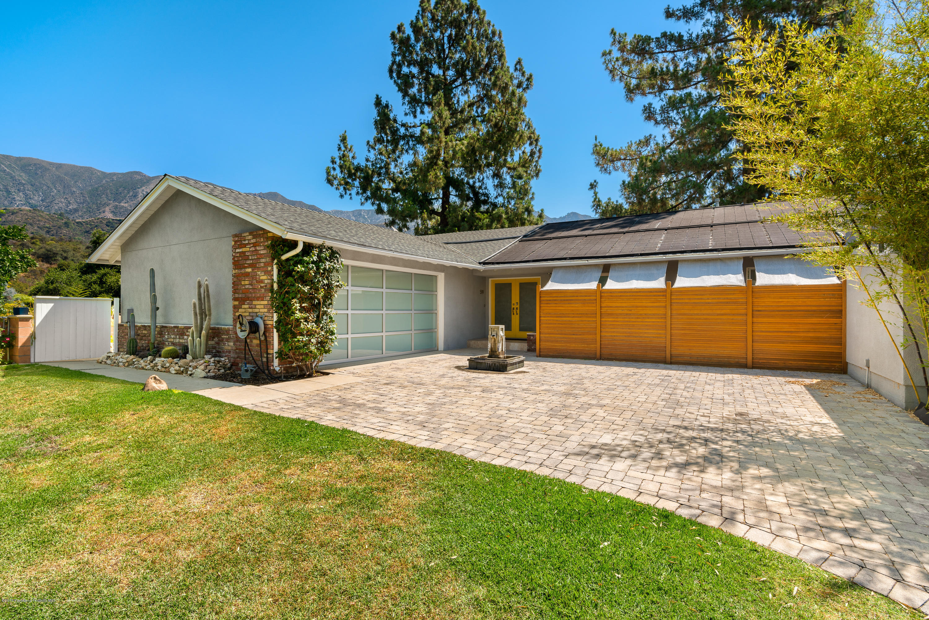 519 W Loma Alta Drive, Altadena, California 3 Bedroom as one of Homes & Land Real Estate